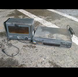 オーブントースター・ビデオデッキ